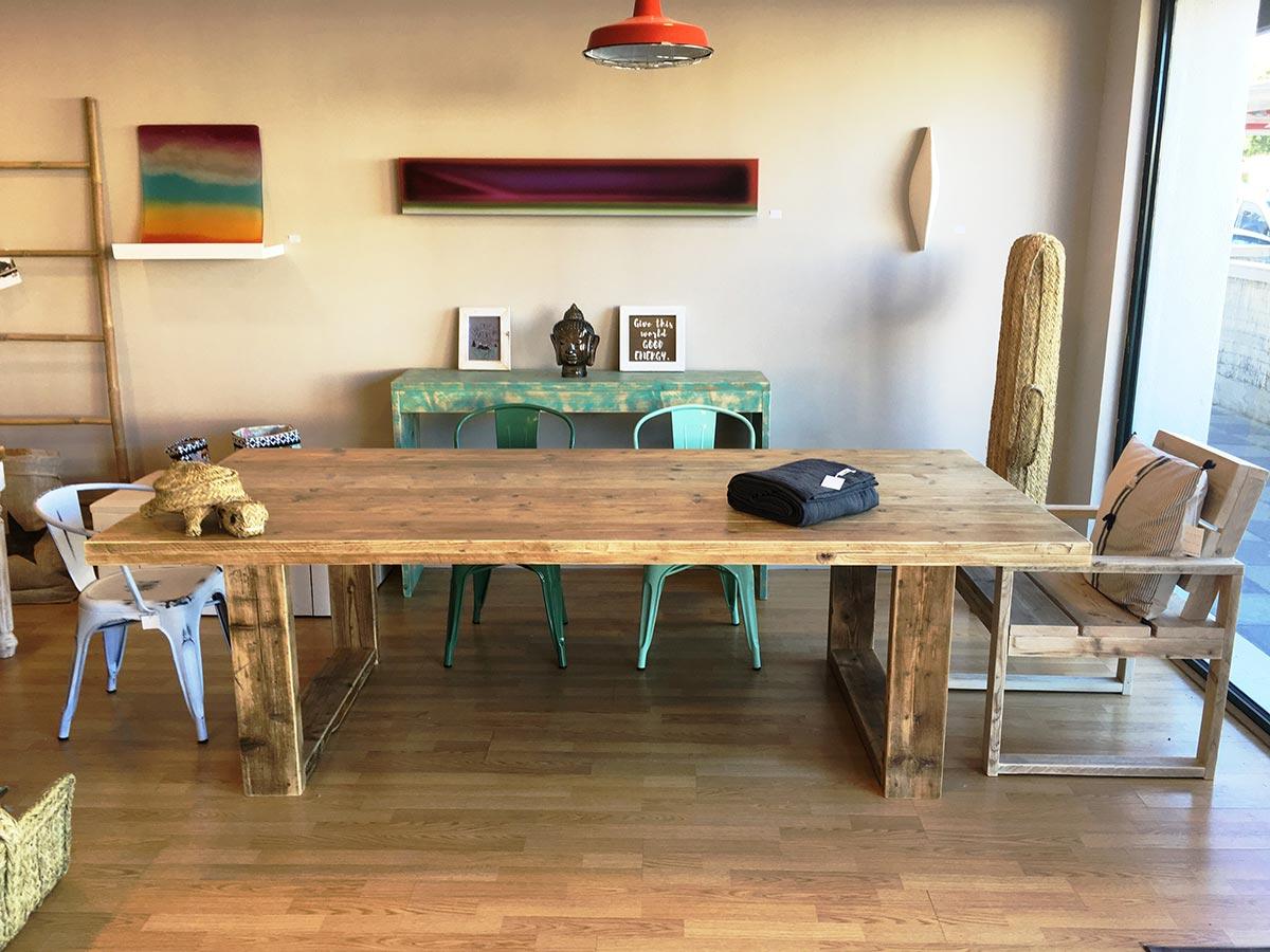 Morrison, Mesa rústica de madera para comedor o jardín